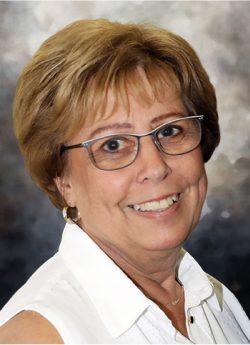 Monique Poirier (née Carrière)
